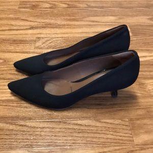 Donald J Pliner Black Fabric Kitten Heels